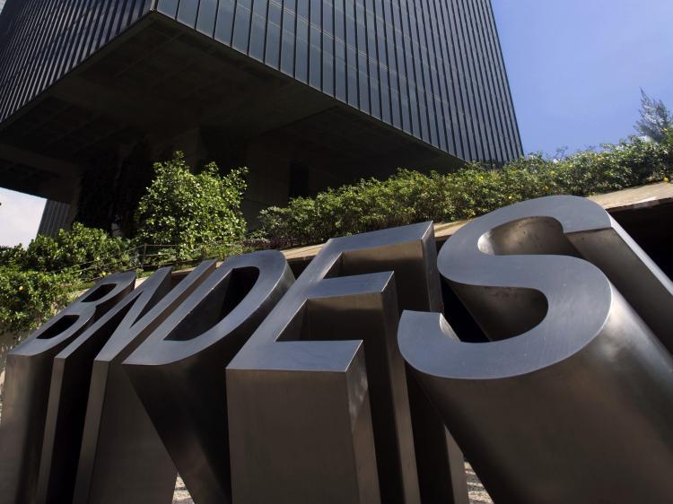 e8702b4676 BNDES pretende usar captações internacionais para devolver recursos ao  Tesouro